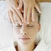 Как делать массаж век