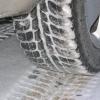 Как освободить колеса ото льда