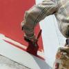 Как покрасить деревянный дом