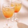 Как приготовить лимонно-персиковый коктейль