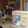 Как вставить нить в швейную машину