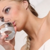 Сколько воды нужно пить летом
